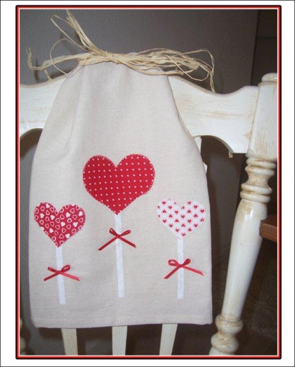 lillipop hearts towel kit