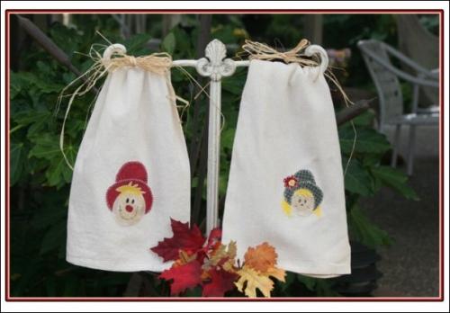 mr & mrs scarecrow towel kit